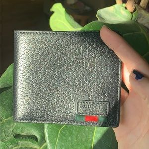 Gucci Bifold Wallet with Web💚